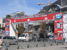 This tarpaulin with four-colour digital printing was set up by Media Markt at Saint Lambert Square in Liège