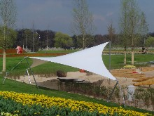 You find here a Schreiber tensile canvas with steel masts for playground